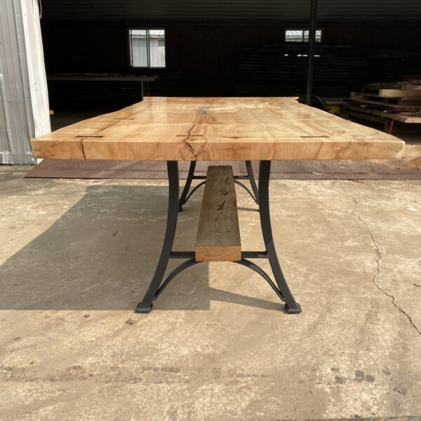 maple table front